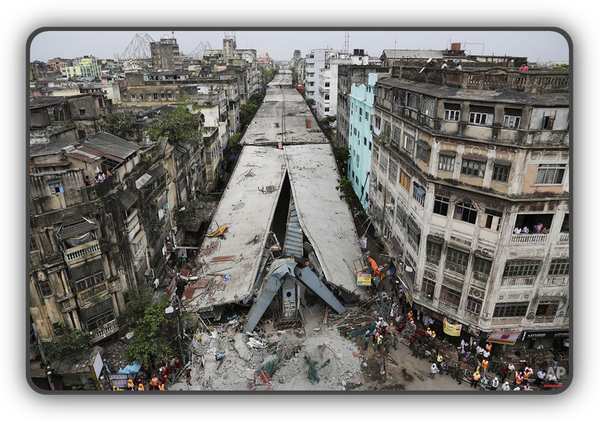 india-overpass-collapse-pict-600