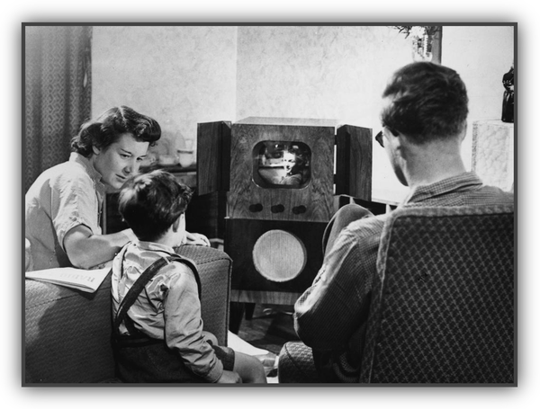 watching-old-tv-600